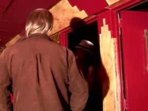 Real dutch alt hooker getting oralsex from lucky tourist