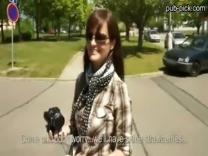 Perfect huge tits euro hottie public sex