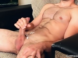 Masked dude masturbating off and cums  part1