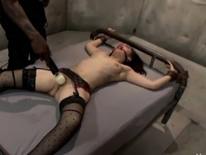 Teen extreme gagging