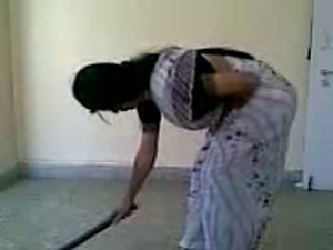 Bangla desi wife sexy farting home alone