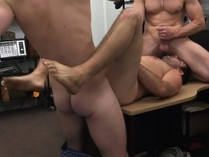 Pawnshop amateur gets ass drilled for cash
