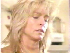 farrah fawcett gets big nipple sucked free