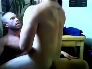 MUSCLE GUY BAREBACK