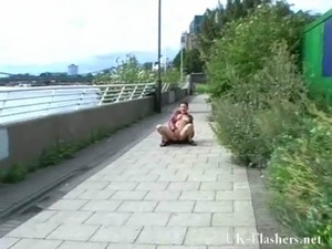 Hammersmith bridge public nudity of Shaz. Crazy Shaz public nudity free