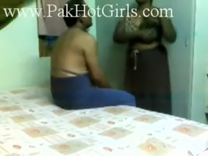 Pretty Indian Aunty Fucked by Older Guy on Hidden Cam free