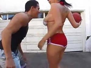 Gianna Michaels Basketball Play