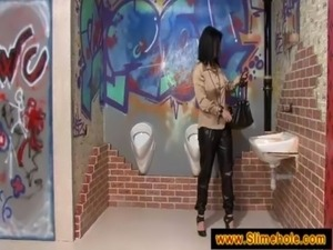 Curious brunette tries it on the hole free