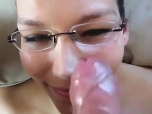 Amateur Teen Babe with glasses facial