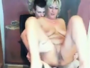 Young Guy Fucks Mature Woman