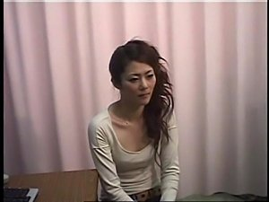 Spyvideo of Woman climaxing at her gynocologist