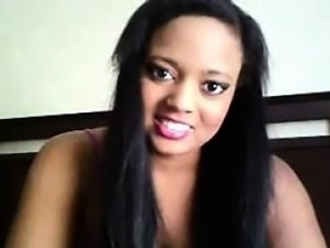 Hot curvy ebony babe teases during her live cam show
