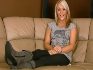 worship feet foot toes bare soles sweat smell stink count down cum hot blonde...