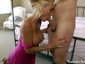 Heavy chested golden haired pornstar Puma Swede enjoys in getting her shaved...