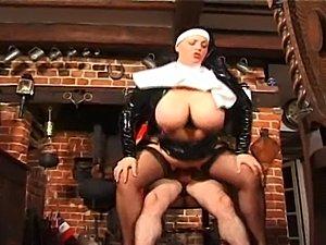 Busty British slut Vicki fucks the kinky parisioner