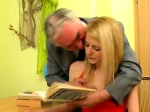 Old teacher is lovely fascinating babe\'s pussy