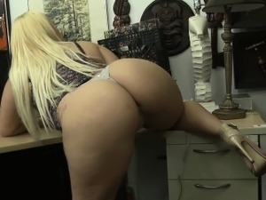 Huge butt babe on pawn shop spy cam