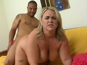 Rylee She's a blonde MILF with the sexiest nipples and the