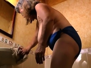 Granny Maribel's cleaning turns into a masturbation fest