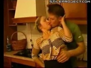Mature woman fucked in kitchen xlx