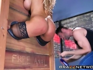 Sexy Bridgette B. having rough anal sex