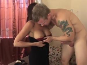 Sexy mature latina in stockings fucks a runner (TOP MATURE)