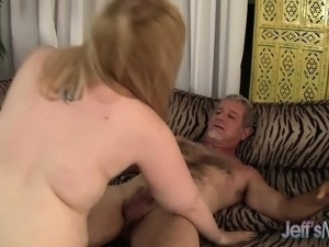 Old dude finds a fat fuck for him to eat and bang on the couch
