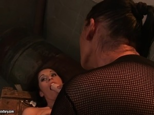 Adorable Mandy relinquishes her aching pussy to a stunning dominatrix