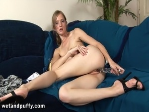 Stunning Dasha Masturbates In A Dirty Solo Model Video