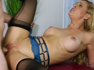 Horny blonde Cherie Deville provides her man with sensual blowjob and rides...