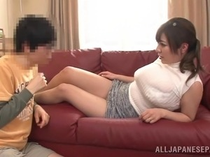 Captivating Japanese dame waking up then enjoying her big tits getting fiddled