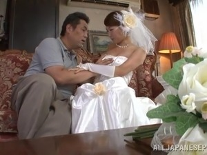 Japanese bride enjoys her hairy pussy fingered then sucks cock