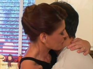 Cougar mom Linda Roberts seduces a young stud