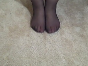 Mature Nylon Pantyhose Feet and Legs Teasing