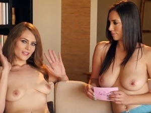 Red haired hottie Jenna Justice gives an interview to one sexy topless porn...