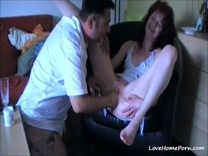 Mature brunette wife loves getting pussy fisted and fingered